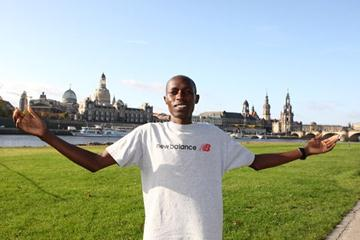 Gilbert Koech on the River Elbe ahead of the 2008 Morgenpost Dresden Marathon (Victah Sailer)