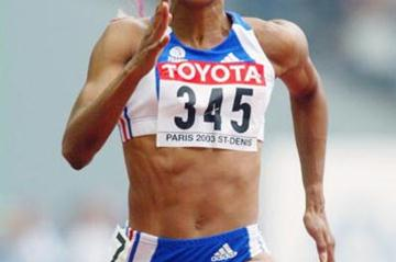 Christine Arron of France in the 100m heats (Getty Images)