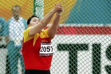 Zhang Wenxiu competing in the Hammer at the Asian Games (Getty Images)