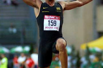 Rogerio Bispo from Brazil jumping in Padua (Lorenzo Sampaolo)