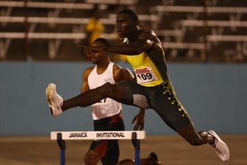 Kerron Clement goes sub-48 in Kingston (Getty Images)