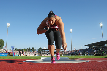 Shot put winner Valerie Adams of New Zealand (Getty Images)
