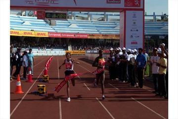 Abeylegesse and Momanyi tie the win in Bangalore (Ram. Murali Krishnan)