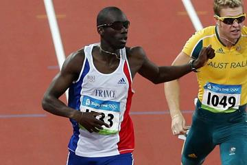 Leslie Djhone (FRA) in the 2008 Olympic semi-finals (Getty Images)