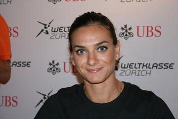 Yelena Isinbayeva at the pre-meet press conference in Zurich (Bob Ramsak)