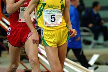 Ivano Brugnetti (5) leads Alessandro Gandellini (Lorenzo Sampaolo)