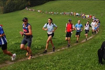 Runners in the 2009 Kaisermarathon - WMRA (organisers)