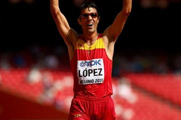 Miguel Angel Lopez celebrates his victory in the 20km race walk at the IAAF World Championships, Beijing 2015 (Getty Images)