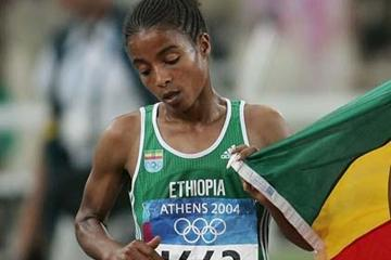 Ethiopia's Sentayehu Ejigu at the 2004 Olympics (Getty Images)