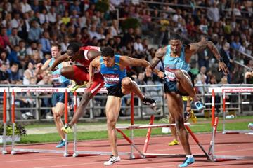 Ryan Wilson and David Oliver in action at the 2013 IAAF World Challenge meeting in Zagreb (Organisers)