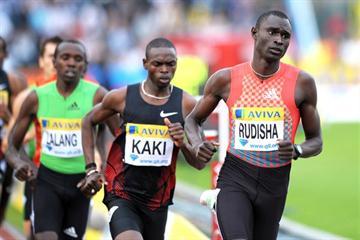 David Rudisha leading Abubaker Kaki in London. The Kenyan prevailed with a meeting record 1:42.91 (Mark Shearman)