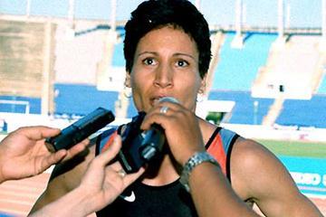 Nezha Bidouane speaks to the press after her Rabat win (Benchrif)