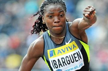 Colombia's Caterine Ibargüen jumping in Crystal Palace (Mark Shearman)