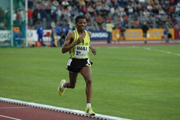 Haile Gebrselassie en route to his 23rd and 24th World Records (Golden Spike)