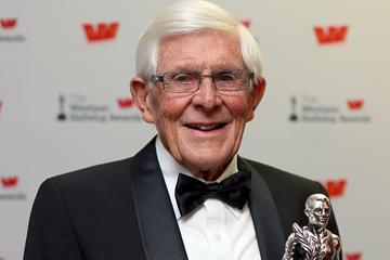 Arthur Eustace with Lion Foundation Lifetime Achievement Award (Getty Images)