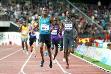 Nijel Amos wins the 800m at the IAAF Diamond League meeting in Lausanne (Victah Sailor)