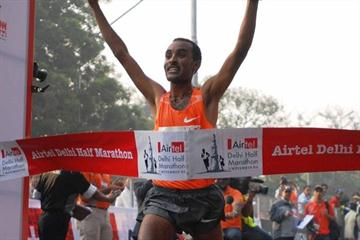 Deriba Merga defends his title at the Delhi Half Marathon (Airtel Delhi Half Marathon organisers)