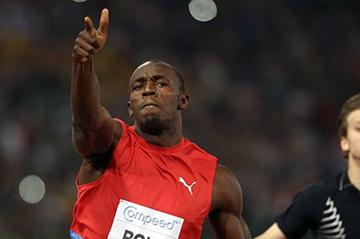 Usain Bolt powers to a 9.76 meet record in Rome (Giancarlo Colombo)