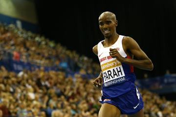 Mo Farah on his way to breaking the two-miles world best in Birmingham (Getty Images)