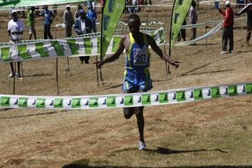 Geoffrey Mutai dominates the field in the Iten XC (Ignatius Kemboi / Ginadin Communications)