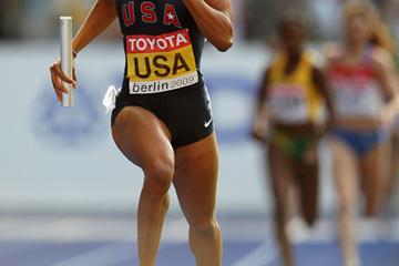 Sanya Richards of the United States storms down the home straight to take the gold medal in the women's 4x400m Relay at the 12th IAAF World Championships in Athletics in the Berlin Olympic Stadium (Getty Images)