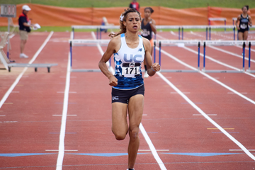Sydney McLaughlin wins the 400m hurdles (Travis Miller)