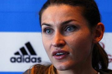 Anna Chicherova at the pre-meet press conference in Brussels (Bob Ramsak)