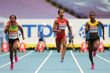 Shelly-Ann Fraser-Pryce, Alexandria Anderson and Kerron Stewart in the Women's 100 metres semi final at the IAAF World Athletics Championships Moscow 2013 ()