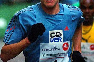 Sergiy Lebid running in the 2003 Boclassic Silvesterlauf in Bolzano (Lorenzo Sampaolo)