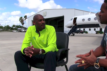 Kevin Young on IAAF Inside Athletics (IAAF)