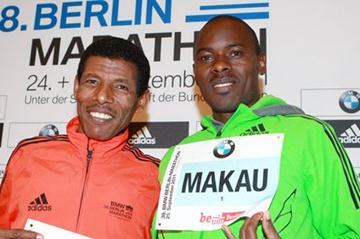 Haile Gebrselassie and Patrick Makau at the pre-race press conference in Berlin (Victah Sailer)
