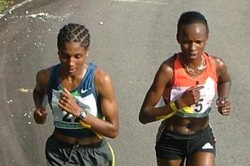 Ashu Kasim and Rita Jeptoo on Obudu Mountain (Danny Hughes)