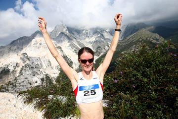 Andrea Mayr after winning at the 2014 WMRA World Mountain Running Championships (Giancarlo Colombo / organisers)