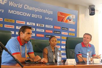 Sergey Bubka, Allyson Felix and Roman Sebrle at the IAAF Ambassador Press Conference Moscow 2013 ()