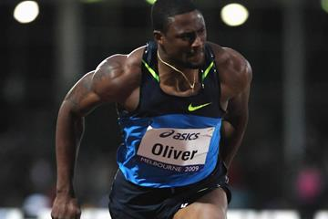 David Oliver wins the 110m hurdles in Melbourne (Getty Images)