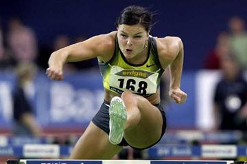 Susanna Kallur powers to the World Indoor 60m Hurdles record in Karlsruhe in 2008 (AFP / Getty Images)