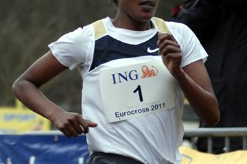 Maryam Jamal en route to victory at the Eurocross (Kohl Rosch)