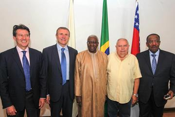 Roberto Gesta de Melo (second from right) with IAAF president Lamine Diack (centre) and IAAF vice presidents Sebastian Coe (left), Sergey Bubka and Dahlan Al Hamad (Sergio Oliveira)