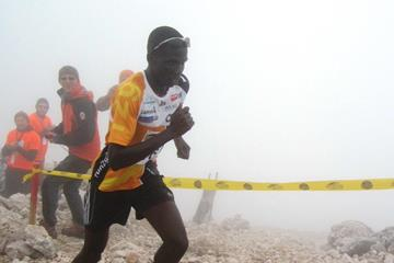 Issac Kosgei on his way to winning the 2014 Gorski tek na Grintovec mountain race (WMRA / organisers)