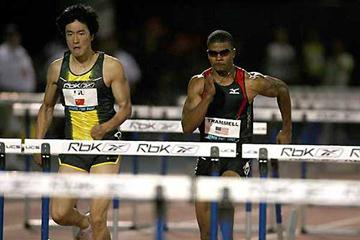 Liu Xiang on his way to 12.92 win in New York (Victah Sailer)