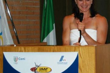 Yelena Isinbayeva at the opening of the IAAF World Pole Vault Centre in Formia (Di Russo)