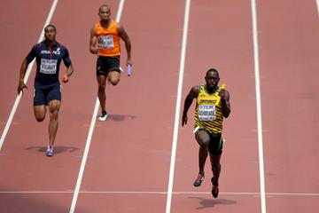Nickel Ashmeade anchors Jamaica in the 4x100m heats at the IAAF World Championships, Beijing 2015 (Getty Images)