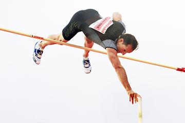 Renaud Lavillenie in the pole vault at the IAAF Diamond League meeting in Oslo (Mark Shearman)