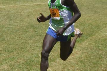 Joel Kimurer sprints to the finish line at the 2010 Discovery Cross Country race in Eldoret (David Macharia)