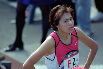 Adriana Fernandez after winning the 1999 New York City Marathon (Getty Images)