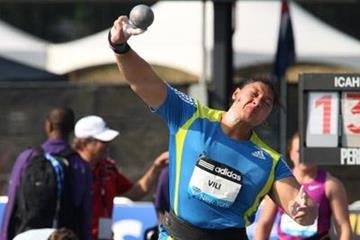 Valerie Vili at the New York Diamond League (Victah Sailer)