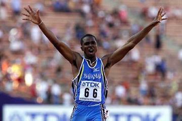 2001 World 400m gold medallist - Avar Moncur (BAH) (Getty Images)