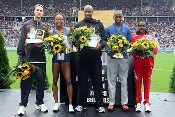 The presentation of the six Jackpot winners in Berlin - (l to r) Wariner, Richards, Powell, Saladino, Dibaba - but Bekele is missing. (Bongarts / Getty Images)