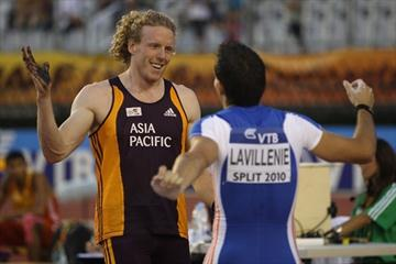 Steven Hooker is congratulated by Renaud Lavillenie for winning the IAAF / VTB Bank Continental Cup in Split (Getty Images)