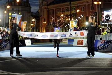 Peres Jepchirchir winning the 2015 Birell Prague Grand Prix (Organisers)